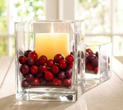 Holiday Engagement Party: Cranberries
