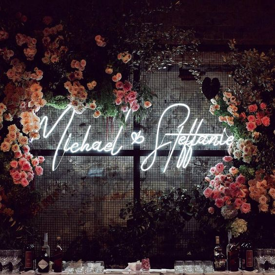 Neon Name Signs | Top 2019 Wedding Trend: Neon Signs | My Wedding Favors