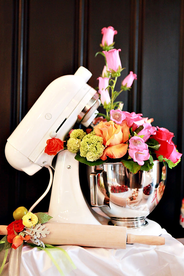 Kitchen Themed Bridal Shower: Flower Decorations