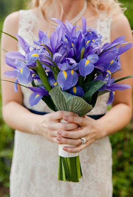 Lilies | 7 Summer Wedding Bouquets | My Wedding Favors