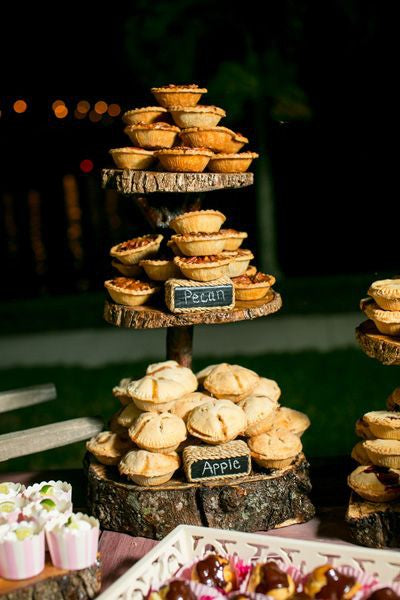 Treats for Your Autumn Wedding: Wedding Pies