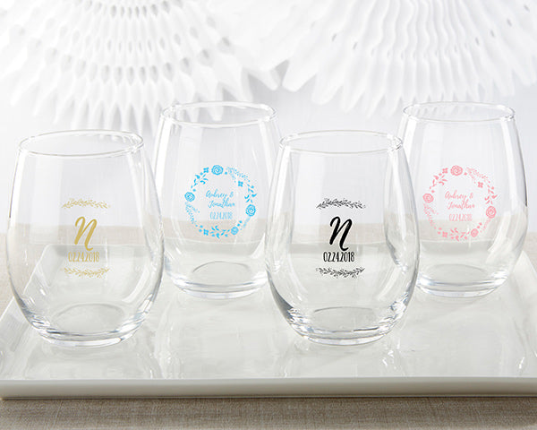 Personalized Stemless Wine Glasses | 8 Lovely Spring Wedding Favors & Décor | My Wedding Favors