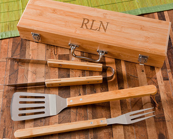 Grilling Set | The Best Gifts for Your Best Man | My Wedding Favors