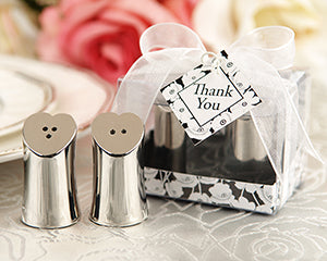 heart-salt-and-pepper-shakers.jpg