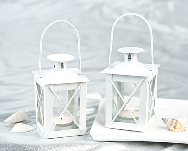 White Lanterns | 7 Favors for a White Winter Wedding | My Wedding Favors