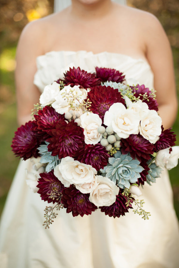 Flower Bouquet | Hot Tips for Planning an Autumn Wedding | My Wedding Favors