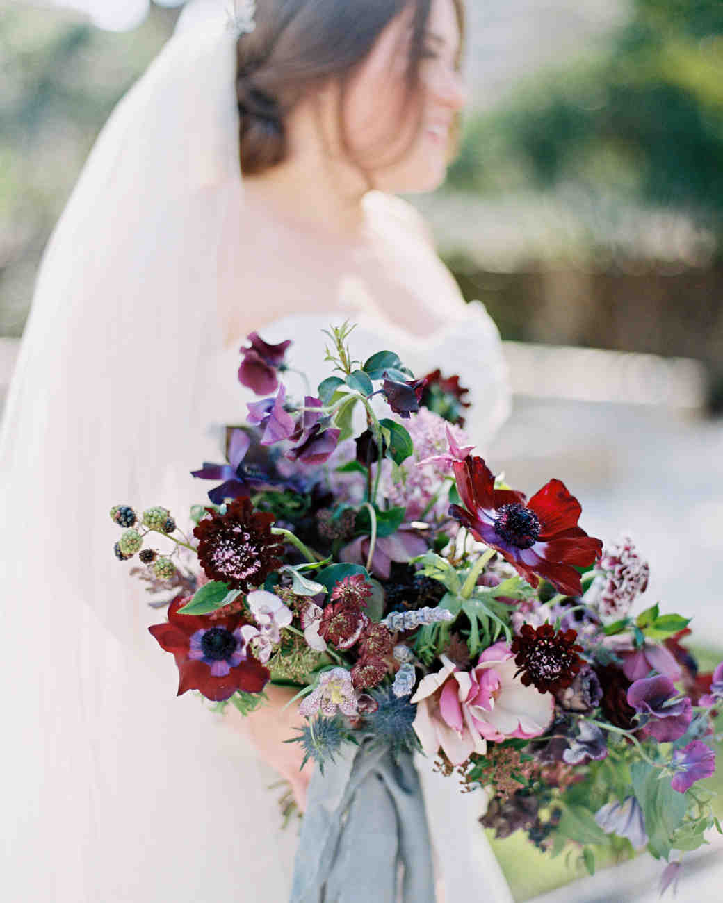 Winter Wedding Bouquets: Colorful