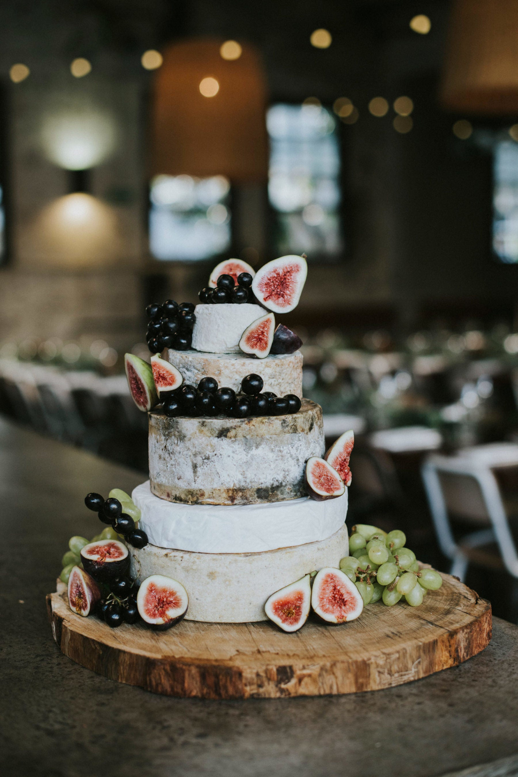 7 Lovely Cake Trends For 2019 My Wedding Favors