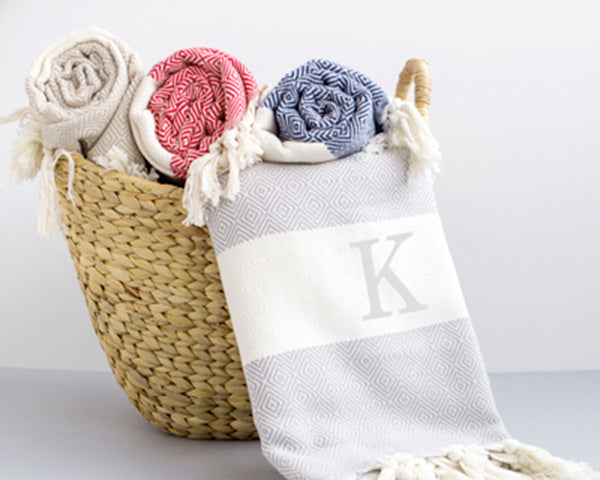 Turkish Throw Blanket | 8 Great Gifts for Your I Do Crew | My Wedding Favors