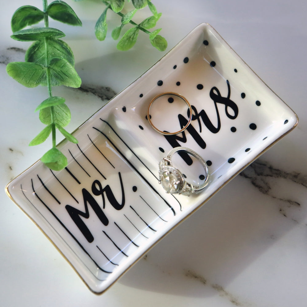 Wedding Gift Mr White Ring Dish and Mrs Christmas Gift Mr /& Mrs His and Hers Ring dish Engagement Gi - modern wedding preset