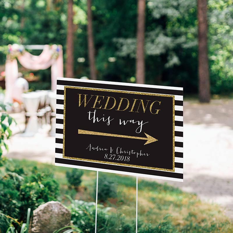 Personalized Classic Wedding Directional Sign (18x12)
