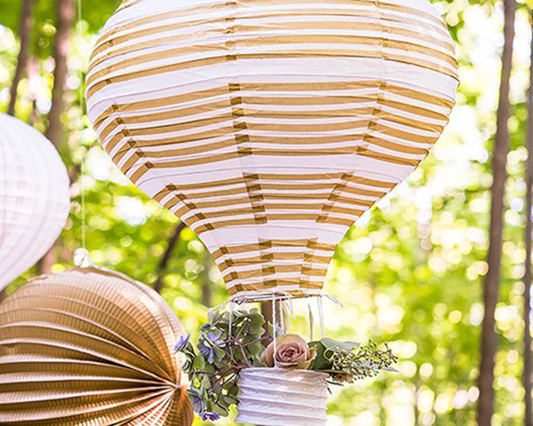 Hot Air Balloon Paper Lantern Set in Gold & White (3 Count)
