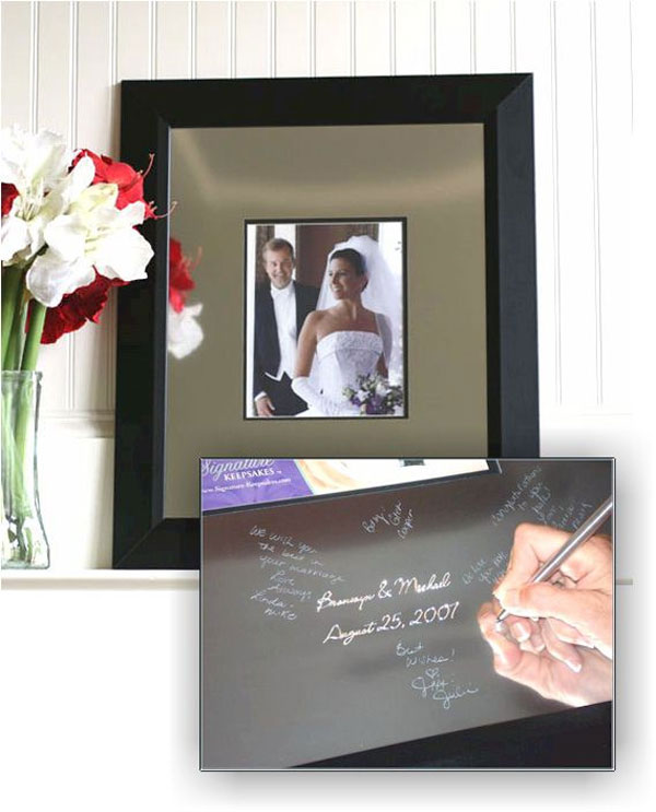 Keepsake Frame and Engravable Signature Mat