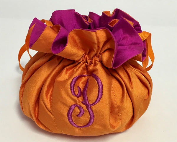 Load image into Gallery viewer, Personalized Dupioni Silk Jewelry Pouch