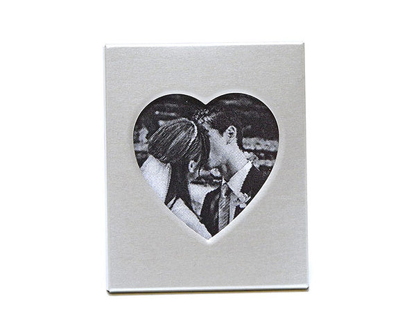 Picture This Metal Heart Frame/Place Card Holder