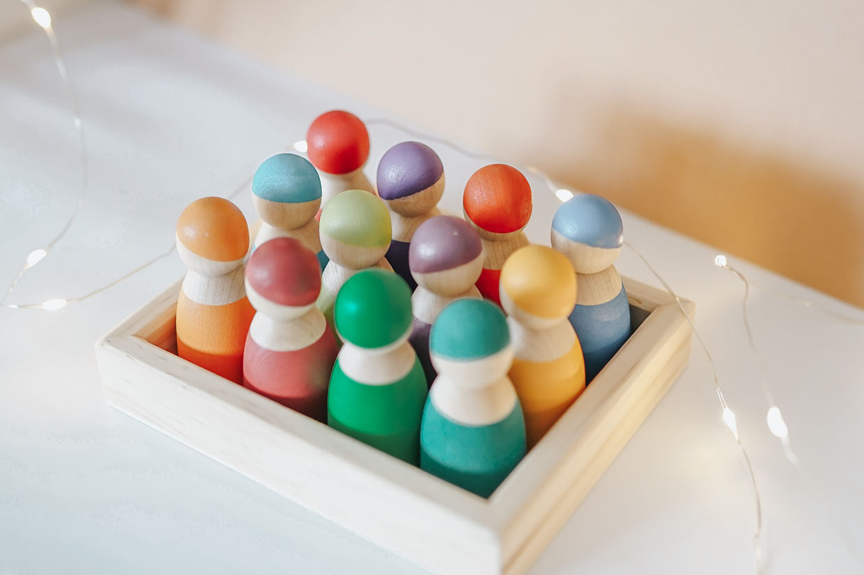 Rainbow Peg Dolls with Tray