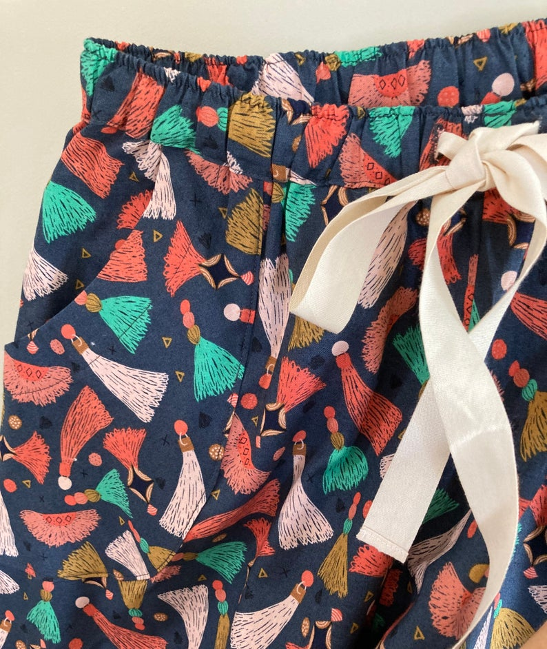 Tassel print organic cotton pyjama trousers
