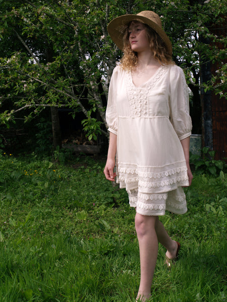 Unbleached organic cotton voile dress with lace trim 'Indiana'