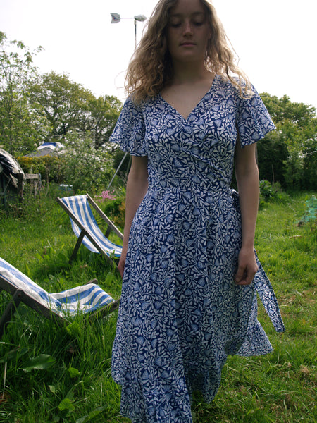 blue & white wrap dress in organic cotton