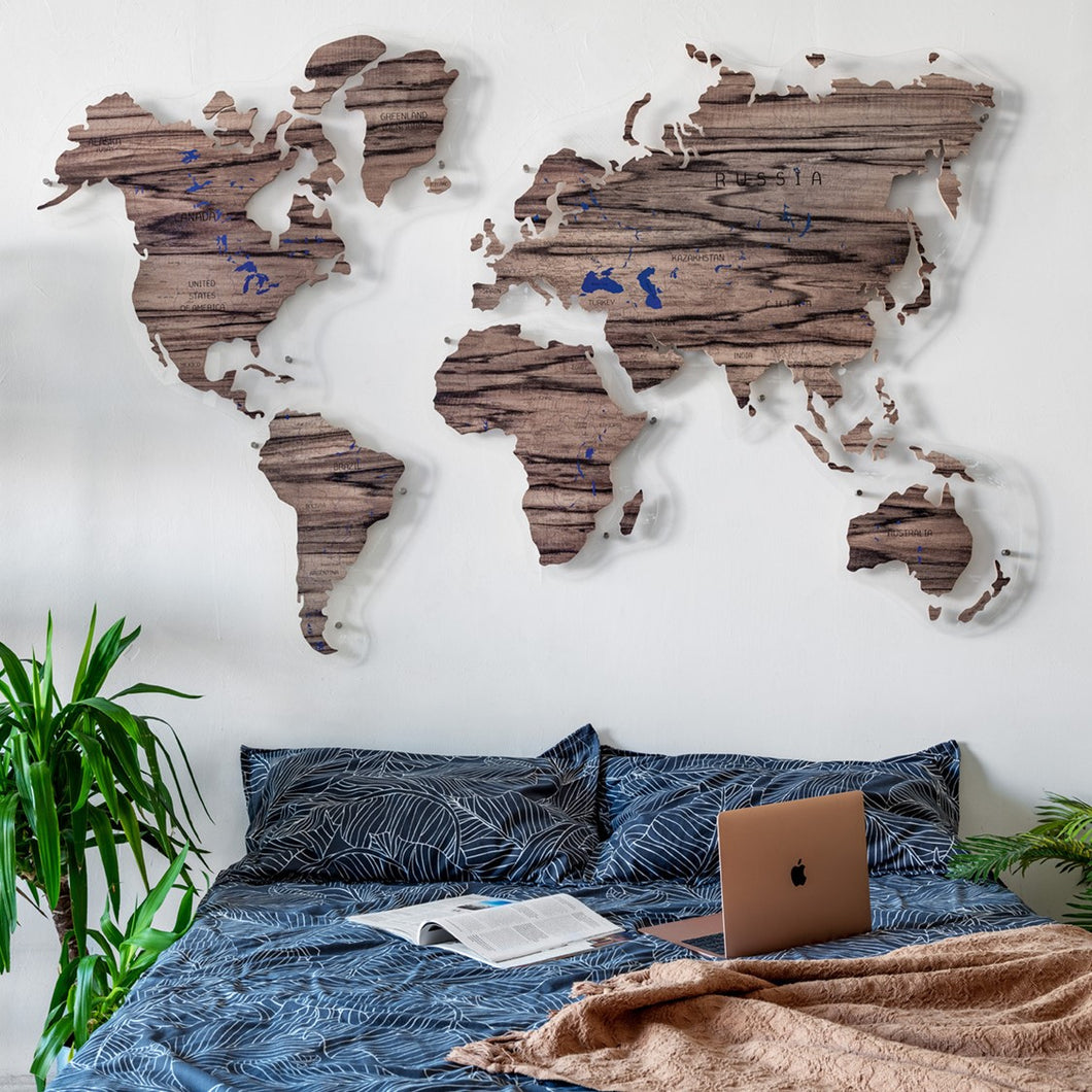 WOODEN WORLD MAP (tiger tree)