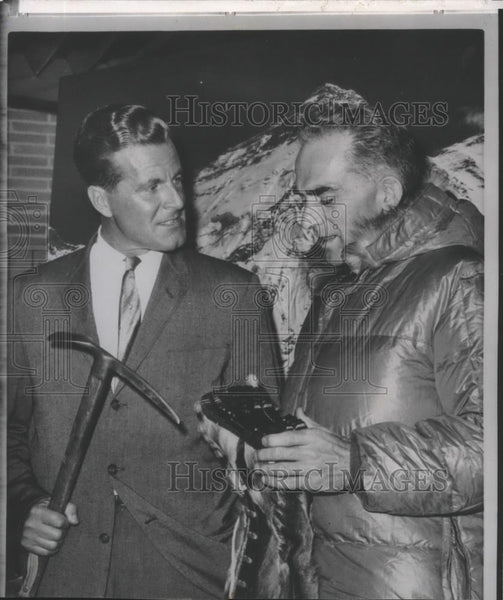 1962 Press Photo Norman Dyrenfurth & Dr. William Siri, plan to climb Mt Everest - Historic Images