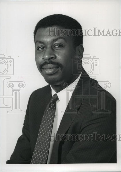 Press Photo Raymond Chambliss, District Judge Family Court candidate - Historic Images