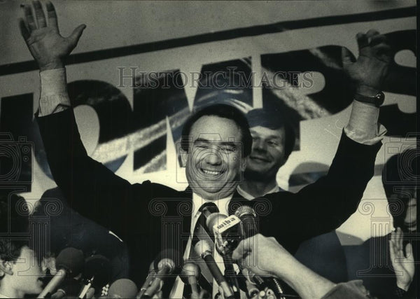 1986 Press Photo Wisconsin Governor-Elect Tommy Thompson Wins Election - Historic Images