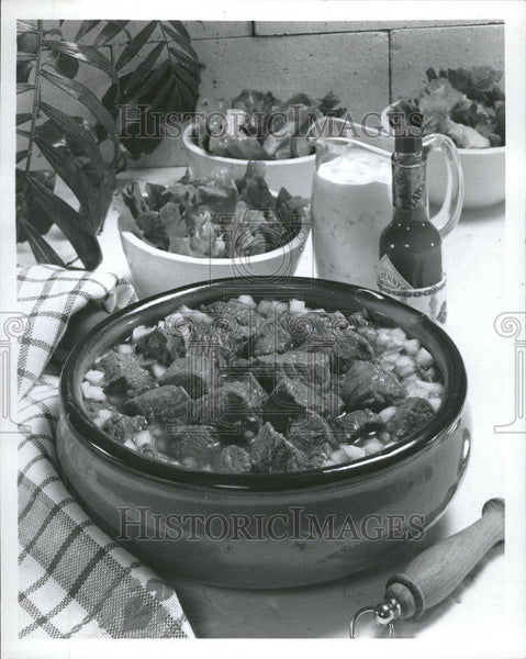 Press Photo Tabasco Sauce/Stew/Meat/Food - RRV64563 - Historic Images