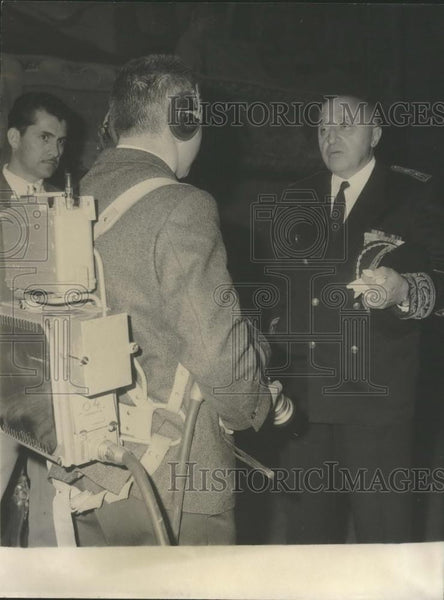 1965 Press Photo M. Haas-Picard Prefect Lebanon Seine Department Cameraman - Historic Images