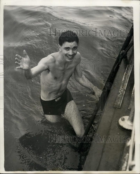 1954 Press Photo Nick Jansen ,escaped from bag in River Thames as a stunt - Historic Images