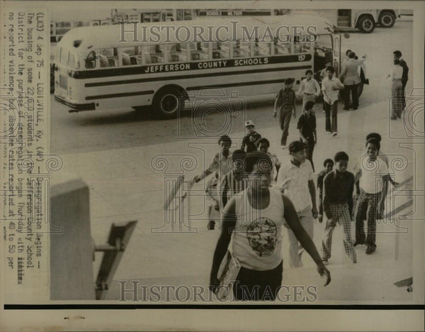 1975 Press Photo Jeff. County School Desegregation - Historic Images