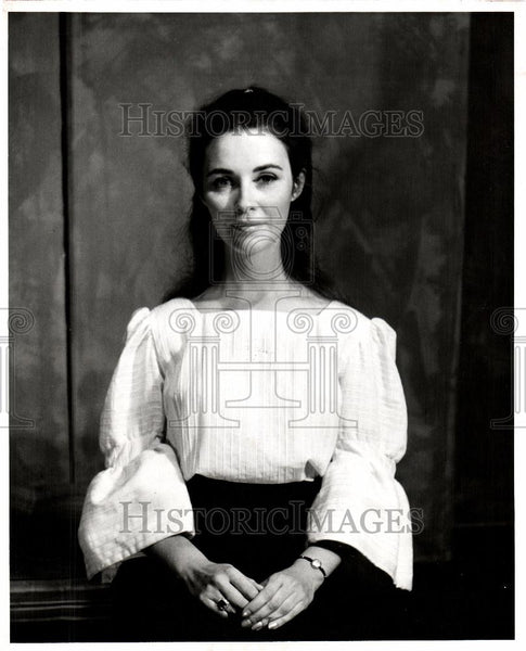 1967 Press Photo Mary Tracy of The Tropics Theater - Historic Images