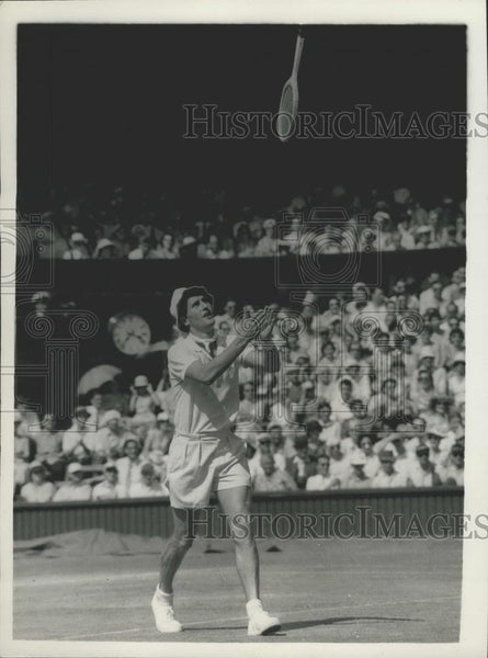1957 Press Photo Wimbledon Championships,Neal Fraser of Australia - Historic Images