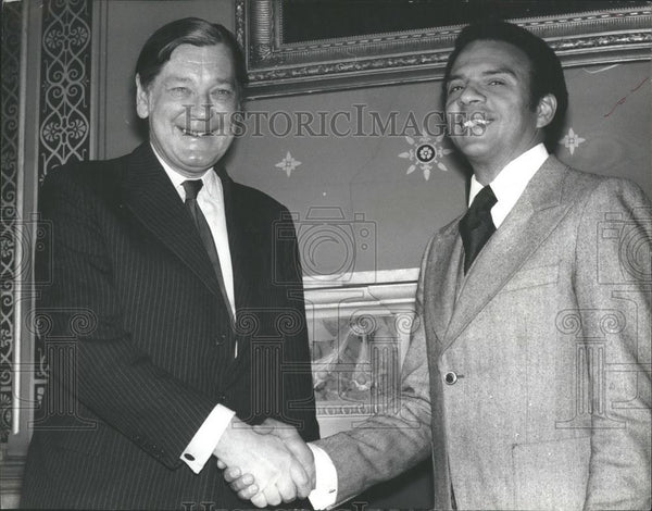 1977 Press Photo US Ambassador to UN Andrew Young Calls On Foreign Secretary - Historic Images