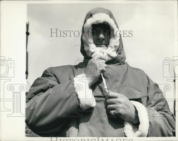 1956 Press Photo Explorer Testing New Nylon Suit For Antarctic Visit - Historic Images