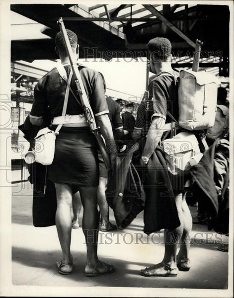 1953 Press Photo Papuan New Guinea Unit Arrives for Coronation - Historic Images