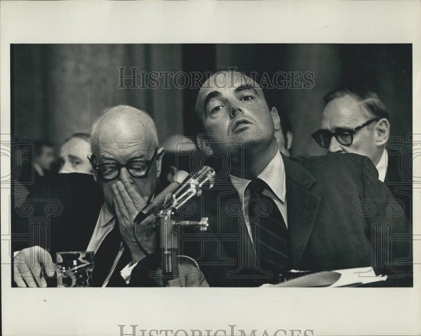 Press Photo John Ehrlichman & his lawyer Wilson at the Senate Watergate Hearin - Historic Images