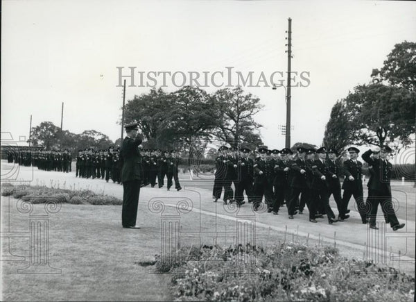 Press Photo Marching Of All Ranks At College Displaying Discipline Police - Historic Images