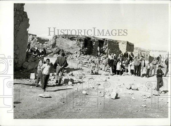 1968 Press Photo Israel Air raid on Jordan village - Historic Images
