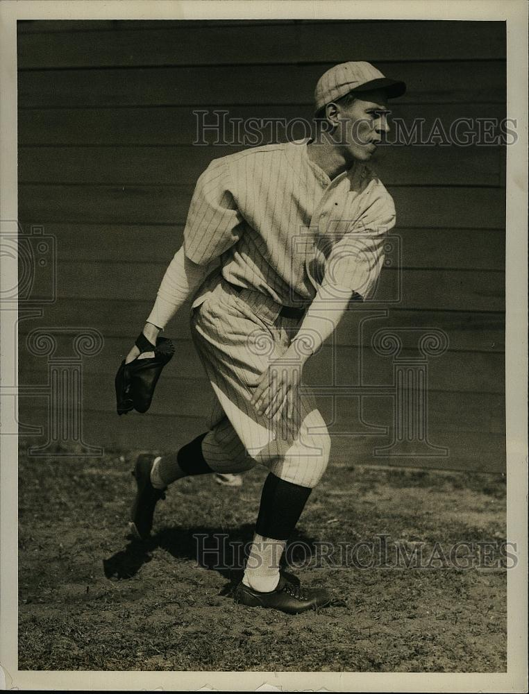Press Photo Sumner Collingwood, Left Hand Pitcher, Boston Red Sox Baseball - Historic Images