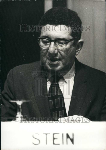 1973 Press Photo Herbert Stein President of the Assembly of Economics - Historic Images