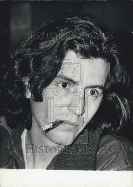 Press Photo Bernard-Henry Levy of the Association Against Hunger - Historic Images
