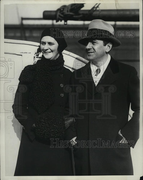 1931 Press Photo Editor Hinson Stiles on the SS France with his new wife - Historic Images