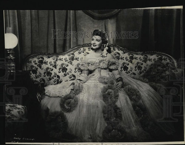 "1932 Press Photo Neely Corradi in ""La Traviata"" - RSL07313 - Historic Images"