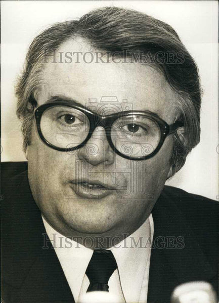 1979 Press Photo Pierre Mauroy Deputy Socialist Mayor Lille France Press - Historic Images