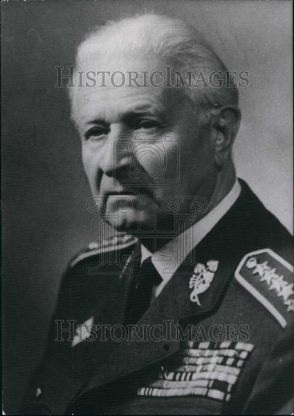 1968 Press Photo General Svoboda political candidate in Czechoslavakia - Historic Images