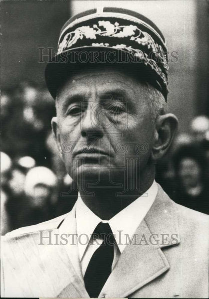1975 Press Photo General Bigeard , new Secretary of Defense for France - Historic Images