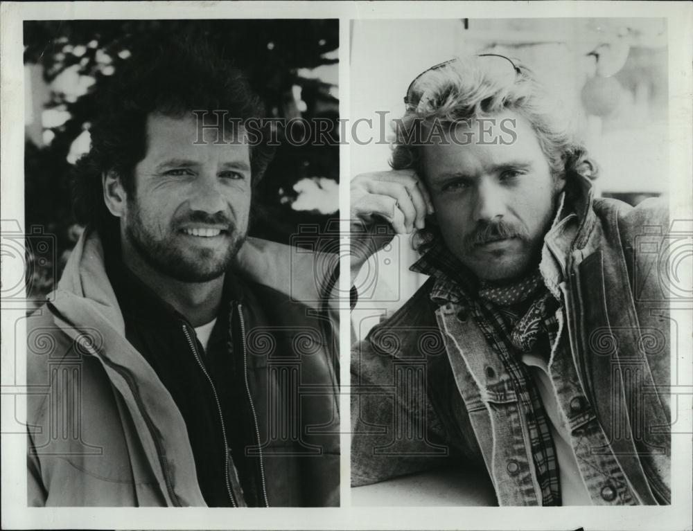 Christmas Comes To Willow Creek.1987 Press Photo Actor Tom Wopat John Schneider Christmas Comes Willow Creek