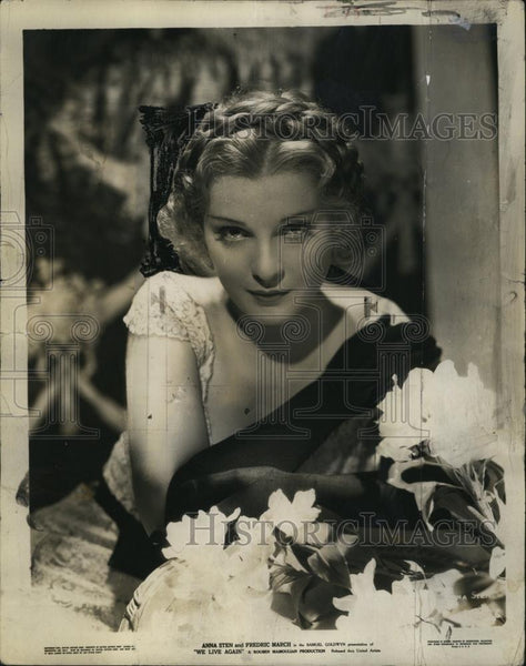 "1934 Press Photo Anna Sten stars in ""We Live Again"" - RSL80625 - Historic Images"