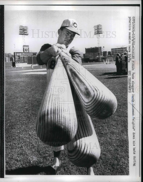 1961 Press Photo Reds Slugger Gordy Coleman - Historic Images